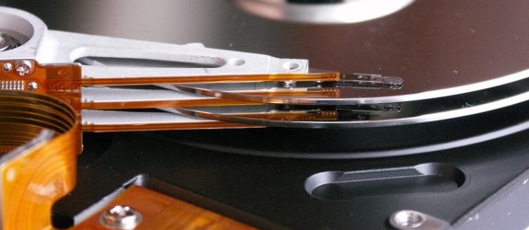 تعمیر هارد دیسک و بازیابی اطلاعات